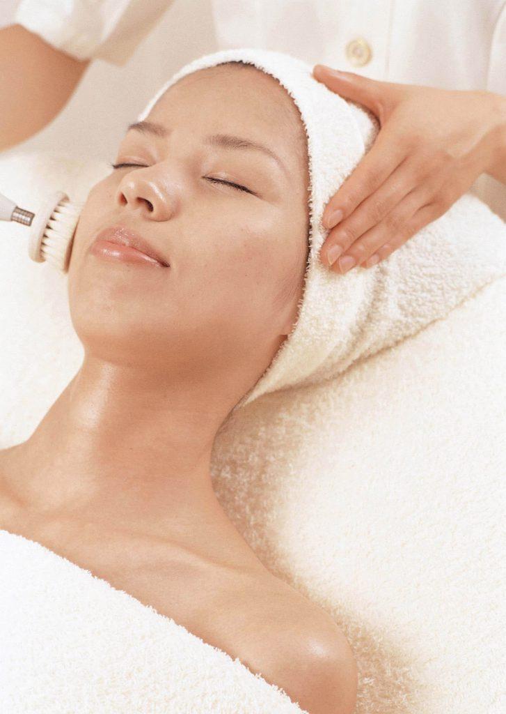 ニキビができにくい肌を作るのに効果的な毛穴洗浄
